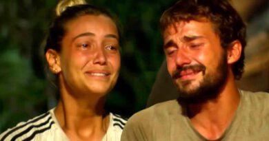 Sörvayvır 2020 yarışmacıları, ada konseyinde annelerinden gelen videoları izleyince gözyaşlarına boğuldu