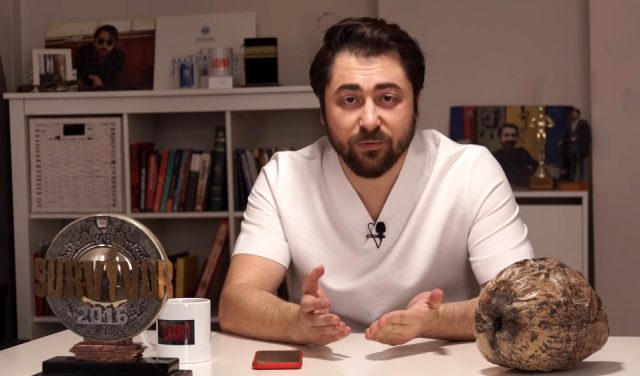 """Sörvayvır yarışmacısı Semih Öztürk'ten """"Adada namaz kılınıyor?"""" sorusuna cevap: Namaz kılan, dua eden vardı"""