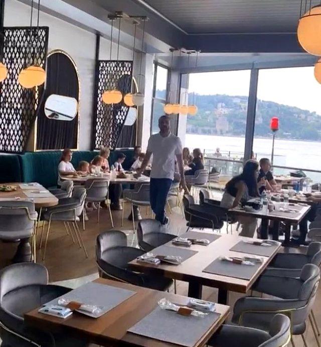 'Geçinemiyorum' deyip boğaz kenarında restoran açan Demet Akalın'a tepki yağdı