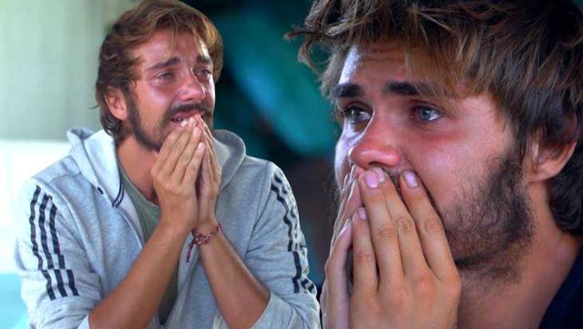 İletişim ödülünü kazanan mavi takım, ailelerini görünce gözyaşlarına boğuldu