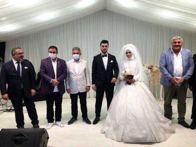 Ekonomik güçlük çeken Mahmut Tuncer, pandemi kurallarına uymayanlara isyan etti