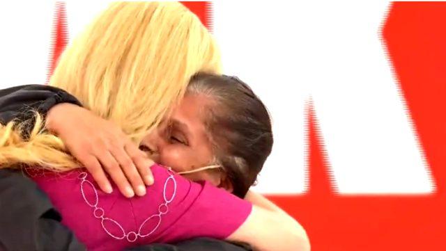 Kızının katil zanlısının yakalandığını öğrenen acılı anne, Müge Anlı'ya sarılıp ağıt yaktı