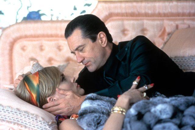 Sharon Stone, öpüştüğü aktörler içinde en iyisi olarak Robert de Niro'yu ilk sıraya koydu