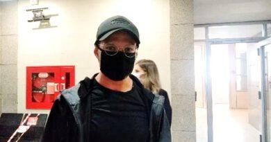 Sörvayvır sunucusu Murat Ceylan, emre itaatsizlik davasından hakim karşısına çıktı