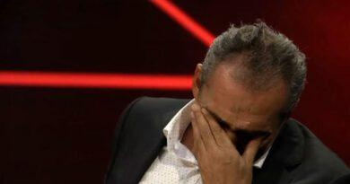 Yavuz Bingöl, annesinin eski videosunu izlerken gözyaşlarına boğuldu