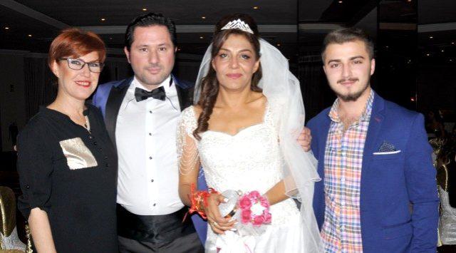 Annesinin hastalığı nedeniyle zor günler yaşayan Yavuz Bingöl, kardeşinin ölüm haberiyle yıkıldı