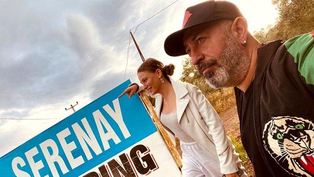 Cem Yılmaz ile Serenay Sarıkaya ayrıldı mı? Sosyal medya hesapları yalanladı Magazin Sörvayvır 2020
