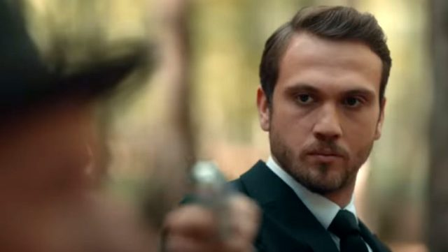Çukur'da Yamaç Koçovalı'nın zor anları! Düşmanına çektiği silah kendisine döndü