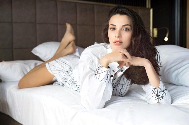 Güzel oyuncu Tuvana Türkay'ın sır gibi sakladığı sevgilisi ortaya çıktı Magazin Sörvayvır 2020