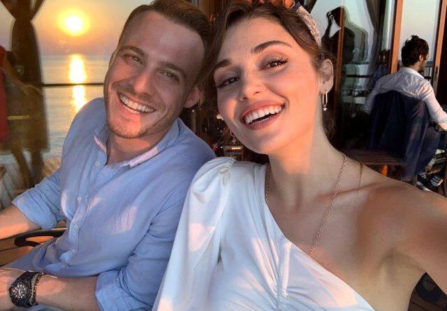 """Hande Erçel ve Kerem Bürsin, """"Kim daha çabuk evlenir?"""" sorusuna cevap veremedi"""