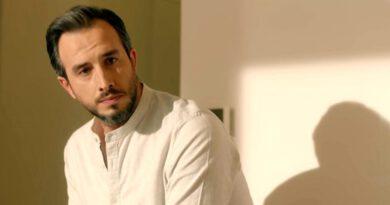 Oyuncu Fatih Artman kız arkadaşıyla görüntülendi