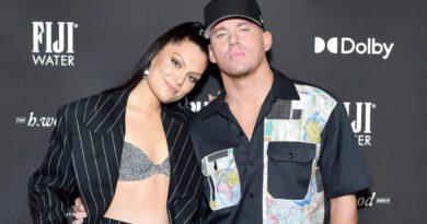 Şarkıcı Jessie J, sevgilisiyle ayrıldığını kalça dansı yaparak duyurdu