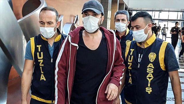 Tutuklanan Halil Sezai, sağ elindeki rahatsızlık nedeniyle ameliyat oldu