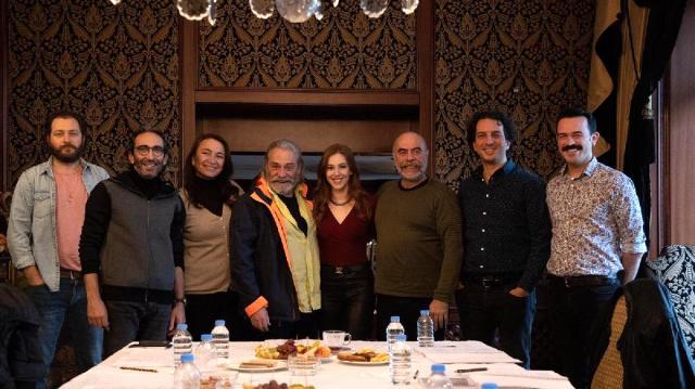 """""""9 Kere Leyla"""" filminden ilk fragman geldi! Elçin Sangu ve Haluk Bilginer'in yatak sahnesi dikkat çekti Magazin Sörvayvır 2020"""