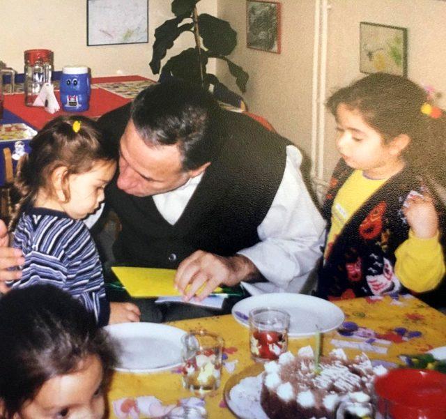 Ali Sunal'dan babası Kemal Sunal'ın doğum gününe özel duygusal paylaşım Magazin Sörvayvır 2020