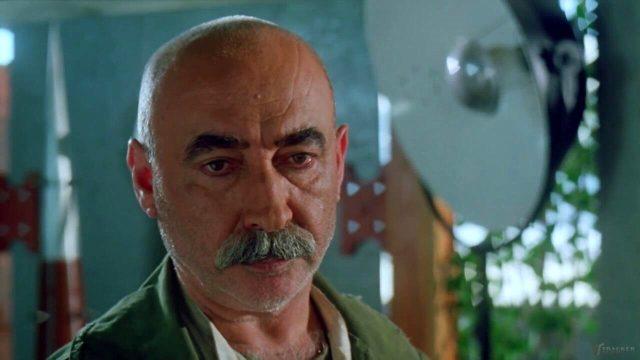 Koronavirüse yakalanan usta sanatçı Şener Şen hastaneye kaldırıldı Magazin Sörvayvır 2020