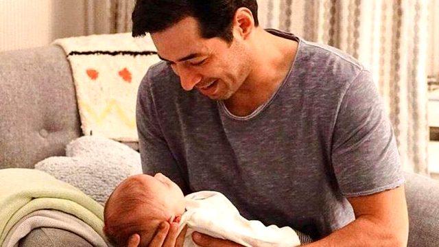 Mert Fırat ve İdil Fırat'ın mutlu günü! Bebekleri dünyaya geldi Magazin Sörvayvır 2020