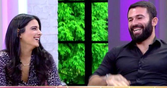 Turabi ile Ayda'nın Samimi Halleri Aşk Dedikodularını Beraberinde Getirdi Sörvayvır 2018 Sörvayvır 2019