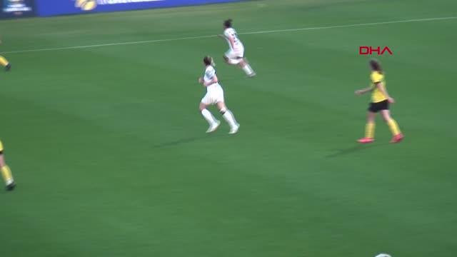 SPOR Aycan Yanaç, Kadın Futbol Ligi'nde ilk defa forma giydi Sörvayvır 2021